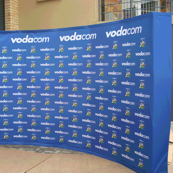 Free Standing Banners - Banner Wall - Screenline Screen & Digital Printing