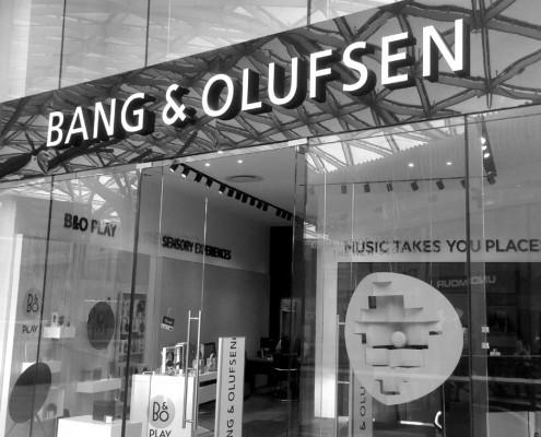 Retail & Store Branding - Bany & Olufsen - Screenline